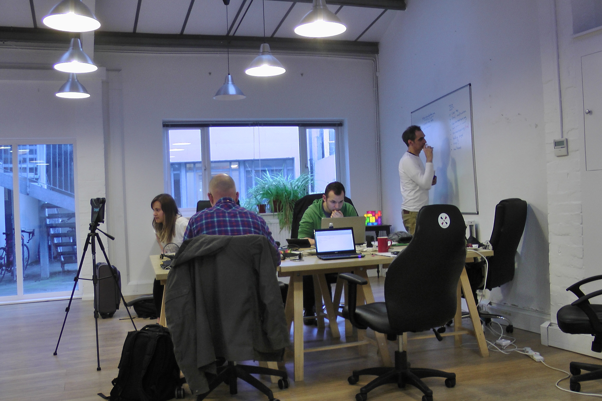 blogger for hire coworking