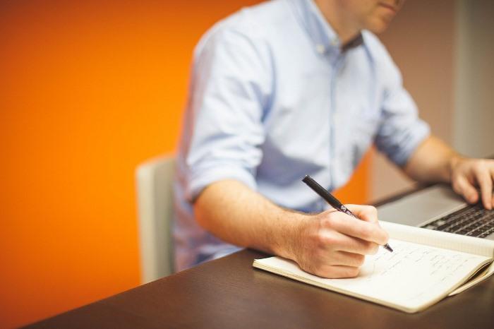 freelance blogging site