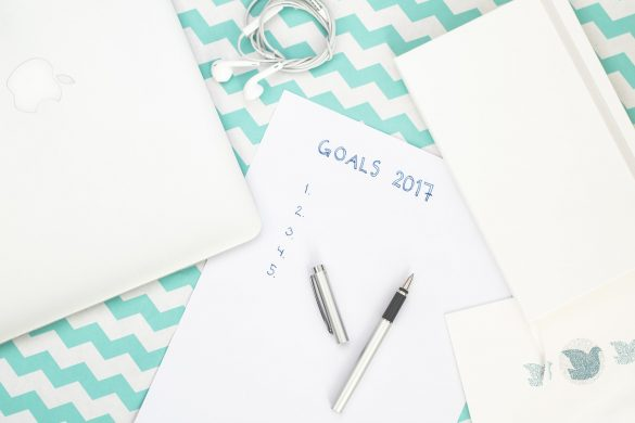 10 Blogging Commitments You Should Make for a Better 2017
